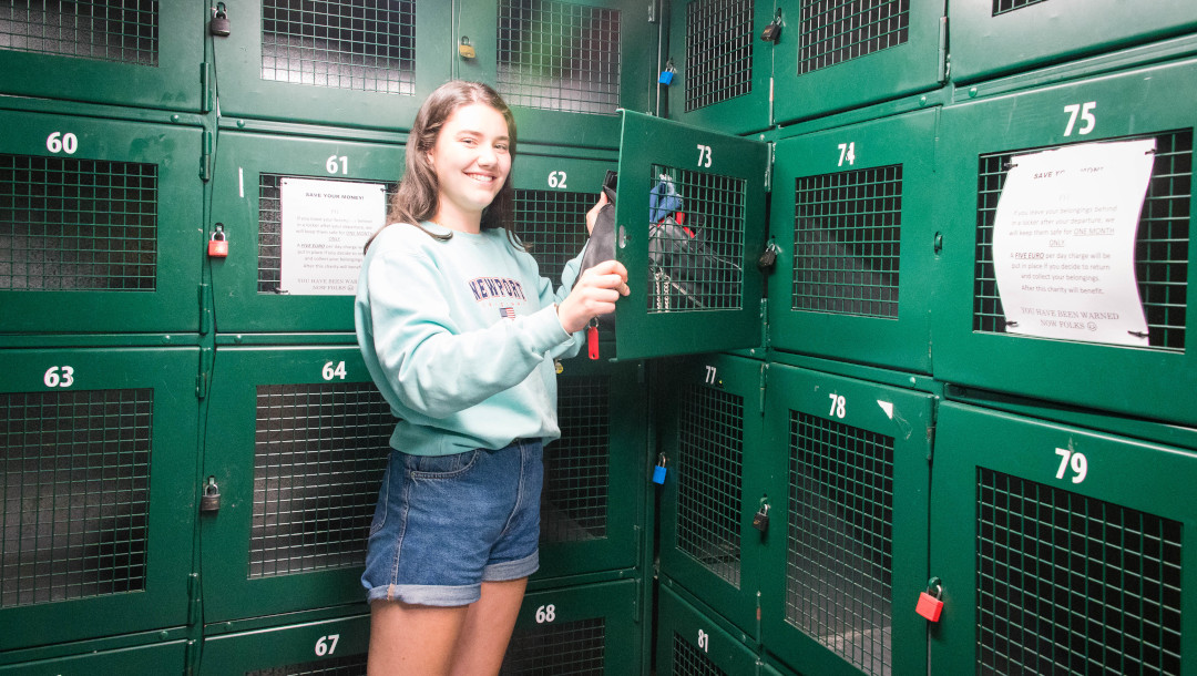 girl using locker